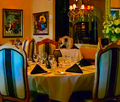 Best Places to Eat in Palm Springs - Melvyn's Restaurant