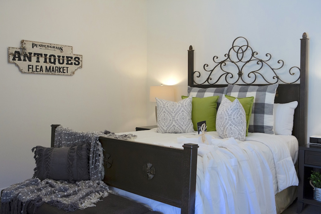mobility-accessible-2bed-2bath-suite-andreas-hotel-palm-springs.jpg