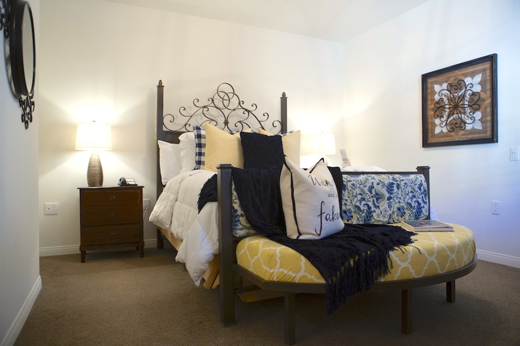 mobility-accessible-2bed-2bath-suite-andreas-hotel-palm-springs-room23.jpg